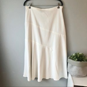 La Vita l Long White Skirt l 10